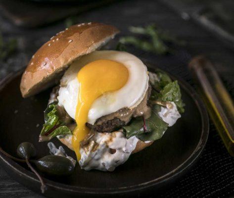 Η Lady Butcher μιλά για την καινοτομία και το cannabis burger
