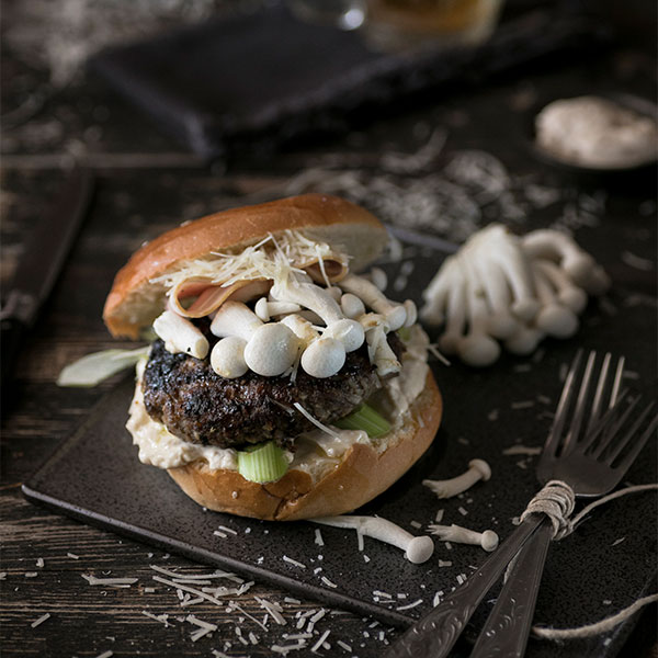 Συνταγή της lady butcher για ένα τέλειο κάνναβης burger