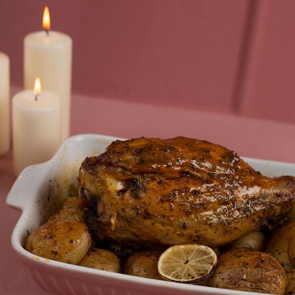 Χοιρινό κότσι με lime και ginger χριστουγεννιάτικο της Lady Butcher